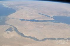 Aerial view of The Nile River & The Red Sea  http://www.nilesun.com/
