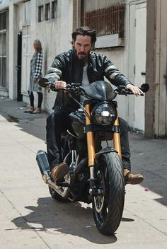 The biker leather jacket makes you look attractive just like Keanu reeves. Arch Motorcycle, Scrambler Motorcycle, Moto Bike, Motorcycle Memes, Honda Motorcycles, Estilo Cafe Racer, Bmw Cafe Racer, Harley Davidson, Keanu Reeves