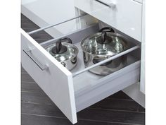 Moovit 30kg assembled Soft Close pan drawer system