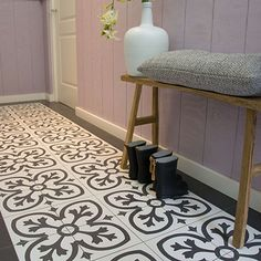 Vloertegel Victorian middendecor black 20 x Interior Garden, Interior And Exterior, Entry Hallway, House Tiles, House Entrance, Diy Home Improvement, Bathroom Flooring, Retro, Interior Inspiration