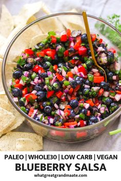 Refreshing Blueberry Salsa (Paleo, Vegan, Low Carb) This quick and refreshing blueberry salsa is made with all the fresh and delicious ingredients, and it's a perfect and vegan of July dip recipe! Healthy Summer Recipes, Paleo Recipes, Real Food Recipes, Healthy Snacks, Cooking Recipes, Broccoli Recipes, Lasagna Recipes, Low Carb Vegetarian Recipes, Tofu Recipes