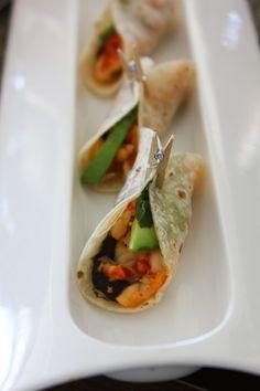 Beef Huarache – NY sirloin, manchego cheese, black bean, caramelized onion, and chile toreado salsa