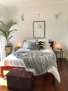 Mornings in my cozy bedroom : CozyPlaces
