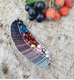 Автор @juliana_jewellery 〰〰〰〰〰〰〰〰〰〰〰〰〰〰 По всем вопросам обращайтесь к авторам изделий!!! #ручнаяработа #брошьизбисера #брошьручнойработы #вышивкабисером #мастер #бисер #handmade_prostor #handmadejewelry #brooch #beads #crystal #embroidery #swarovskicrystals #swarovski #купитьброшь #украшенияручнойработы #handmade #handemroidery #брошь #кольеручнойработы #кольеизбисера #браслеты #браслетручнойработы #сутажныеукрашения #сутаж #шибори #полимернаяглина #украшенияизполимернойглины