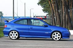 "2001 Xsara VTS on white 18"" Compomotives from Belgium"