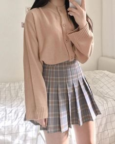15 Aesthetic And Stylish Plaid Skirt Outfits You Must Wear Now - Source by poffellp - Kawaii Clothes, Kawaii Outfit, Plaid Skirts, Cute Skirts, Preppy Skirt Outfits, Fall Outfits, Plaid Pleated Skirt, Plaid Outfits, Plaid Dress