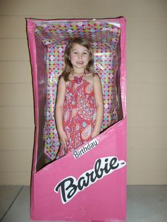 Khloe's Life-size Barbie box!--------How stinking cute is that?
