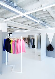 Zigzags dominate in Zeller  Moye's Berlin boutique for ODEEH #architecture #interiordesign #retail