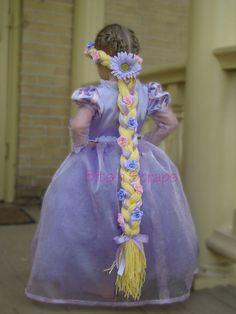 Crochet braids for kids rapunzel hair 67 ideas Tangled Rapunzel Hair, Real Rapunzel, Rapunzel Braid, Rapunzel Costume, Costume Dress, Rapunzel Birthday Party, Tangled Party, Disney Princess Party, Disney Costumes For Kids