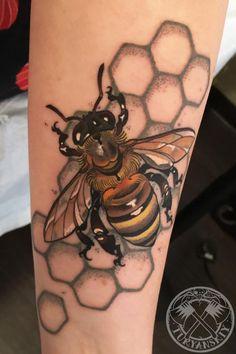 Bzzzz by Oleg Turyanskiy - Custom colour Bee tattoo