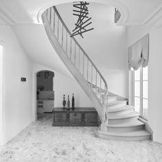 interieur | Villabouw | Vlassak Verhulst Exclusieve Villabouw Villas, Architecture Résidentielle, Construction, Stairways, Home Decor, Residential Architecture, Building, Ladders, Homemade Home Decor