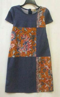 idea for reworking thrift clothing, flattering, creative, handmade Latest African Fashion Dresses, African Print Dresses, African Wear, African Dress, Jeans Recycling, Batik Fashion, Denim Ideas, Batik Dress, Sewing Clothes