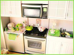 lime green, + mug rack and tray