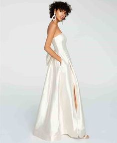 An unexpected entry into our list of affordable wedding dresses comes from the popular department store Macy's, with dresses perfect for a minimalist bride. Macys Wedding Dresses, Affordable Wedding Dresses, Wedding Gowns, Stylish Gown, Grace Loves Lace, Strapless Gown, Gowns Online, Review Dresses, Dream Dress