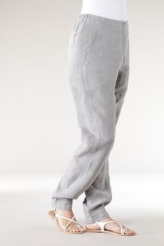 Order our Trousers Biddy from our OSKA Spring/Summer 2013 collection today Cigratte Pants, Trousers, Linen Pants, Chic Outfits, Pajamas, Sweatpants, Drink, Lady, Womens Fashion
