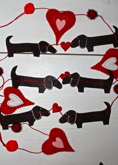 Christmas Garland Dachshund and hearts by MaxMinnieandMe on Etsy
