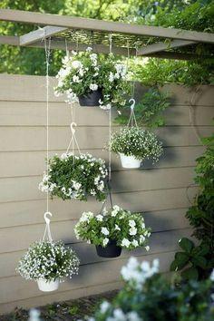 11 inspiring flower garden ideas for backyard simple but beautiful - Diy Garden Projects Backyard Garden Design, Diy Garden, Spring Garden, Garden Projects, Backyard Landscaping, Landscaping Ideas, Patio Ideas, Backyard Ideas, Backyard Patio