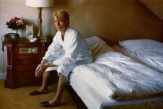 Helmut Newton >> David Bowie, Bedroom at the Kempinski Hotel, Berlin, 1983
