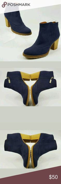 Kurt Geiger ankle boots size 6 Kurt Geiger  Womens Navy Blue  Canvas Fabric  Ankle Heeled  Boots Booties  Size 6 /37  Pre Owned In Great Condition  Some Wear On Soles  Please See Images  No Visible Rips  Some Markings on wooden heel Kurt Geiger Shoes Ankle Boots & Booties