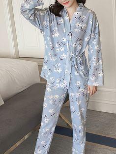 SheIn offers Calico Print Wrap Top & Pants Pj Set & more to fit your fashionable needs. Girls Pajamas, Pajamas Women, Daily Dress, Daily Wear, Night Suit For Women, Night Pajama, Print Wrap, Pj Sets, Groom Dress