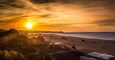 Rising Sun #portugalframes #portugalalive #portugal_lovers #portugaldenorteasul #portugal_em_fotos #portugal #praiadarocha #sunrise #risingsun #nascerdosol #praia #beach #algarve #portimao #verão #summer #holidays #sunny