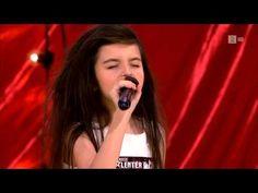 Elle a une voix qui laisse sans (voix). Angelina Jordan, 7 ans, a plongé les…
