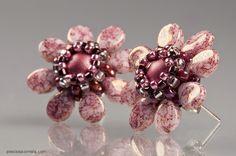 Spirala beading: Pip Flower Post Earrings in Rose