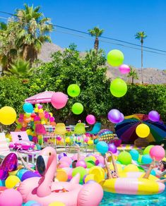 Cotton Tree Pool Birthday Parties - Birthday Pool Party Ideas That Pool Party Themes, Pool Party Kids, Pool Party Decorations, Luau Party, Ideas Party, Fiesta Party, Beach Party, Teenage Pool Party, Pool Party Images