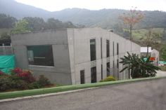"C. Bienestar Animal "" La perla"" www.tresarquitectos.com 2009-2014"