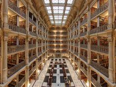Biblioteca George Peabody parte da Universidade John Hopkins - Baltimore, Estados Unidos