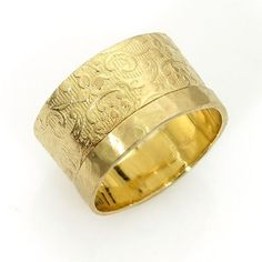 Superb Women us flat wedding band mm wide Royal luxury ring adorned with embossed floral pattern
