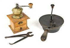 Coffee grinders and sugar cutters. Finland, late early 20 th century. Coffee Grinders, My Memory, Coffee Time, Finland, Retro Vintage, Nostalgia, Old Things, Childhood, Straws