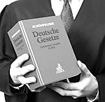 Bestimmung der Höhe einer Vertragsstrafe bei Wiederholung einer Urheberrechtsverletzung nach dem Hamburger Brauch Hamburger, Personalized Items, Cover, Books, Copyright Infringement, Kustom, Livros, Hamburgers, Livres