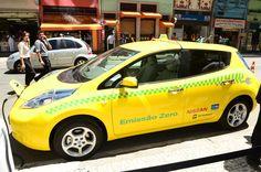 Nissan LEAF - Nissan LEAF Táxi na cerimônia de entrega à Cidade do Rio de Janeiro.