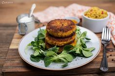 Healthy Drinks, Salmon Burgers, Puffer, Vegan, Ethnic Recipes, Food, Indian Cuisine, Lunch Bags, Vegetarian Recipes