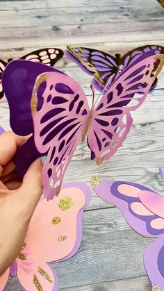 Butterfly Birthday Party, Butterfly Baby Shower, Girl Birthday, Fairy Tea Parties, Halloween Activities For Kids, Baby Girl Shower Themes, Paper Butterflies, Baby Party, Birthday Party Decorations