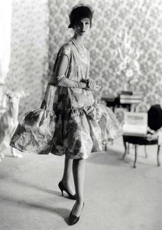 vintage Balenciaga babydoll (1958)
