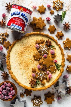 Christmas Food Gifts, Christmas Cooking, Christmas Desserts, Christmas Truck, Eggnog Pie, Eggnog Recipe, Pie Dessert, Dessert Recipes, Dessert Table