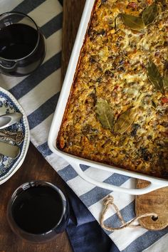 This recipe for a South African dish, a sweet-spicy and moist bobotie is made of curried ground meat or lentils with an egg-based custard topping. South African Dishes, South African Recipes, Lentil Casserole, Whole Food Recipes, Cooking Recipes, Dinner Recipes, Foods With Gluten, Sweet And Spicy, I Love Food