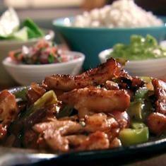 Chipotle Chicken Fajitas Recipe (via foodily.com)