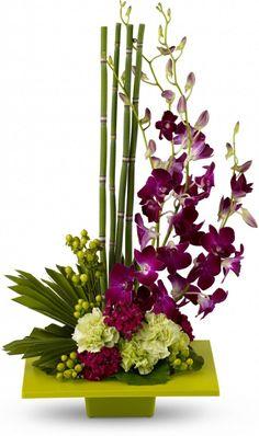 Art Floral, Deco Floral, Floral Design, Creative Flower Arrangements, Tropical Floral Arrangements, Tropical Flowers, Fleur Design, Decoration Plante, Diy Home Crafts