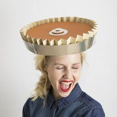 Start a new Thanksgiving tradition by making hats to wear at the dinner table. Learn to make this paper pumpkin pie. So easy and fun!
