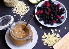 Dulce de Leche, či méně honosně - zkaramelizované kokosové mléko. Sladká karamelovo-mléčná pochoutk | Veganotic