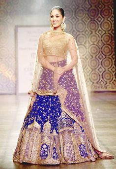 #IndiaCoutureWeek #ICW2016 | Yami Gautam for Rimple and Harpreet Narula | India Today |