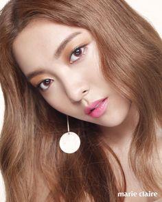 """Képtalálat a következőre: """"luna k pop"""" Fx Luna, Minimalist Makeup, Pretty Photos, Korean Model, Drawing People, Krystal, Korean Beauty, Marie Claire, Fashion History"""