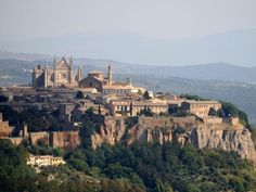 The Ultimate Travel Bucket List: Orvieto, Italy  http://prevention.com/mind-body/emotional-health/ultimate-travel-bucket-list?s=20