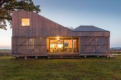 Bijzonder en duurzaam huis op het platteland van Tsjechië - Roomed