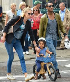 Doutzen Kroes, Sunnery James and their adorable son Phyllon in NYC ♥♥♥