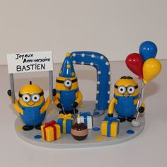 Birthday cake topper / figurine anniversaire personnalisée / polymer clay / fimo / Minions / cadeau