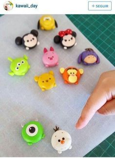 New Free Polymer clay crafts disney Suggestions Kawaii day – – – Polymer Clay Magnet, Polymer Clay Disney, Clay Magnets, Polymer Clay Kawaii, Polymer Clay Figures, Fimo Clay, Polymer Clay Projects, Polymer Clay Charms, Polymer Clay Jewelry